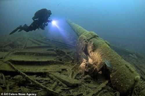Photographer Steve Jones took this amazing shot of a diver at the HMS Laurentic shipwreck in 2014